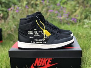 Air Jordan 1 Nike Swoosh Pack in Black