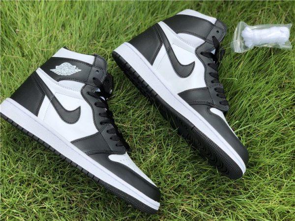 Air Jordan 1 Retro High OG 555088 010 sneaker