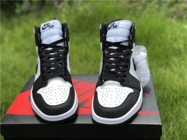 Air Jordan 1 Retro High OG 555088 010 uppe