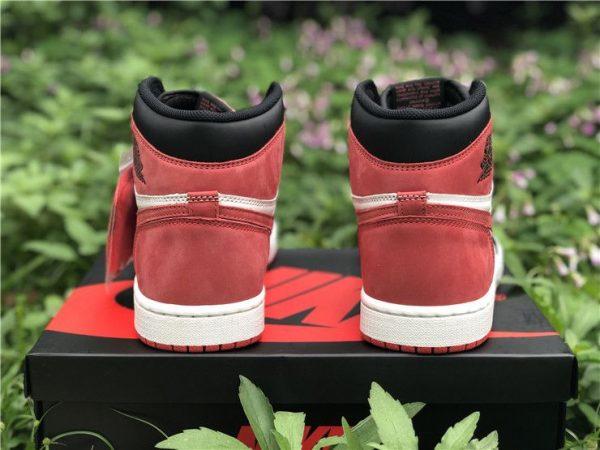 Air Jordan 1 Retro High Og Track Red heel