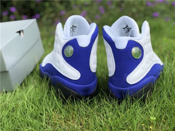 Air Jordan 13 Hyper Royal heel