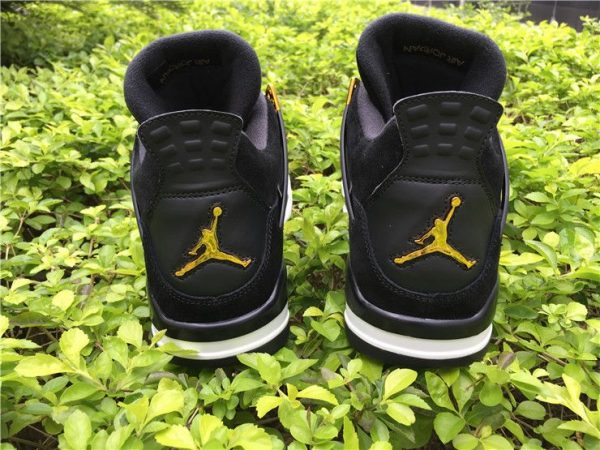 Air Jordan 4 Retro royalty heel