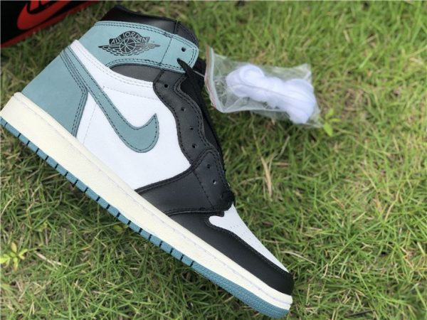 Jordan 1 Retro ALL THOSE AWARDS Clay Green for sale
