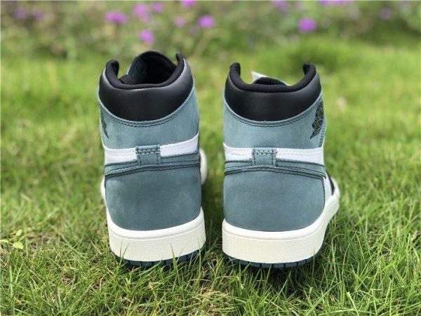 Jordan 1 Retro ALL THOSE AWARDS Clay Green heel