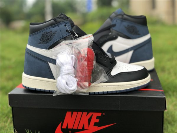 Jordan 1 Retro High Blue Moon shoelaces