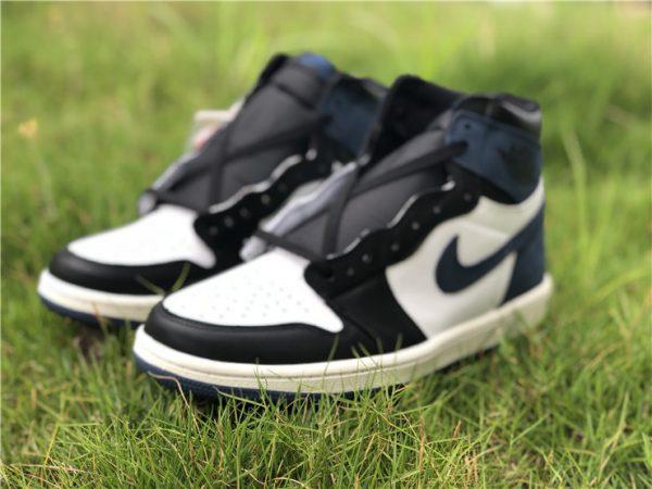 Jordan 1 Retro High Blue Moon shoes