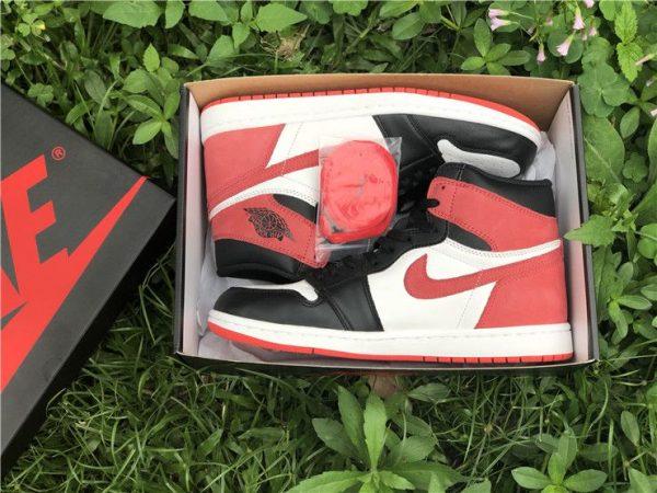 Jordan 1 Retro High Track Red - 555088-112 original box