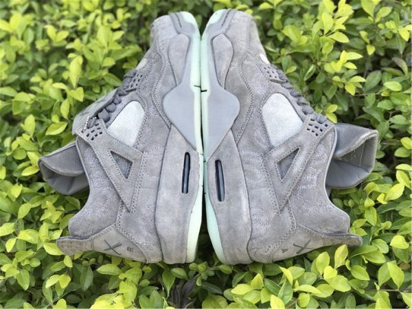 KAWS x Air Jordan 4 Cool Grey panel