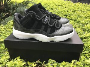 Air Jordan XI 11 Retro Low Barons Black