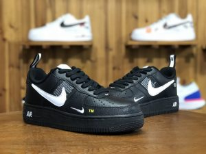 Nike Air Force 1 AF1 Utility Black