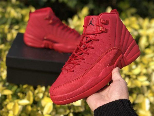 Air Jordan 5 Bred Black University Red on ahnd