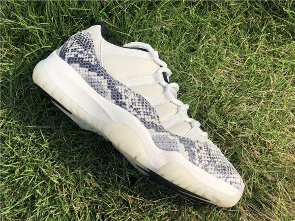 Jordan 11 Low SE Snakeskin Light Bone shoes