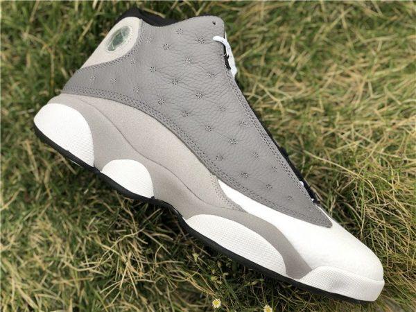 Air Jordan 13 Atmosphere Grey sneaker