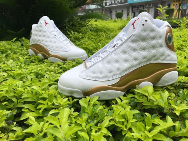 Jordan 13 Retro DMP WhiteMetallic Gold sneaker