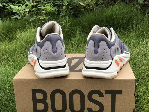 adidas Yeezy Boost 700 Magnet heel