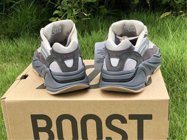 adidas Yeezy Boost 700 V2 Tephra heel
