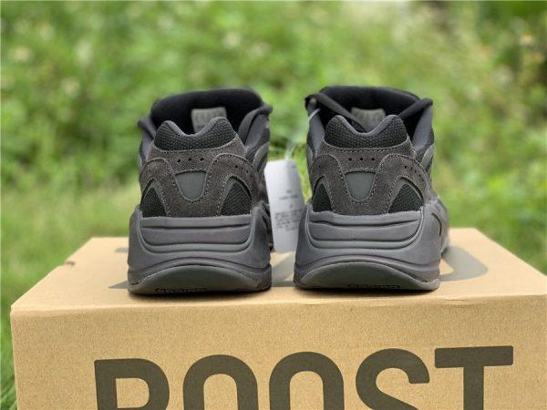 adidas Yeezy Boost 700 V2 Vanta Heel
