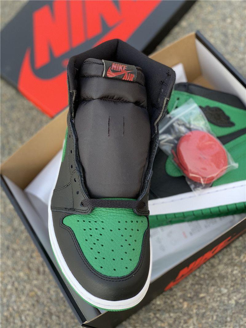 Pine Green Jordan 1 High OG Black close look