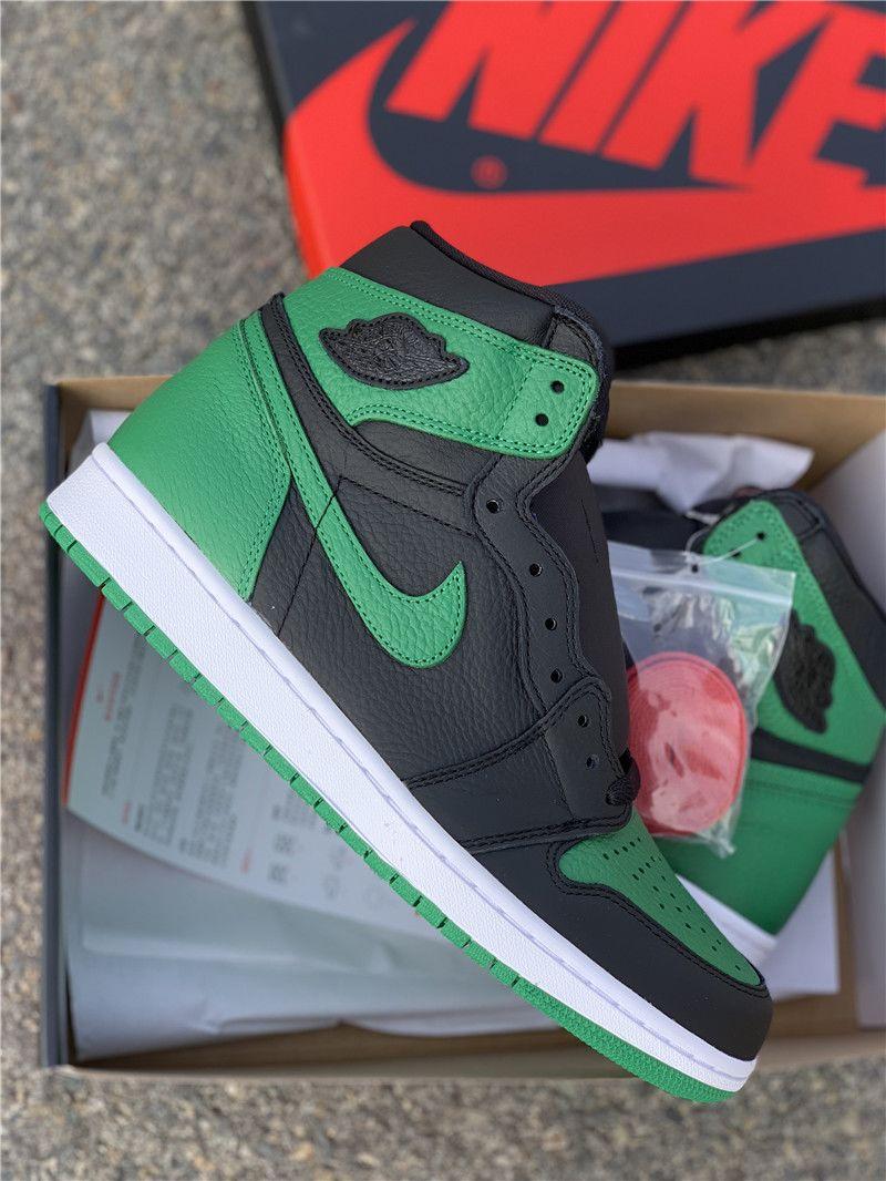 Pine Green Jordan 1 High OG Black pictures
