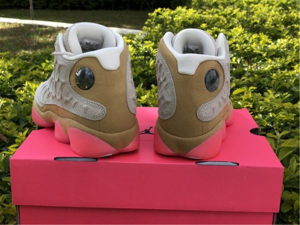 Air Jordan 13 CNY heel
