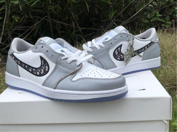 Air Jordan 1 Low Dior grey