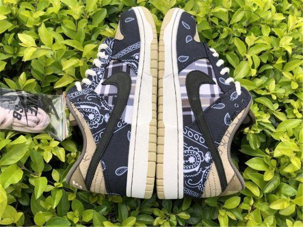 Nike SB Dunk Low x Travis Scott Black sneaker