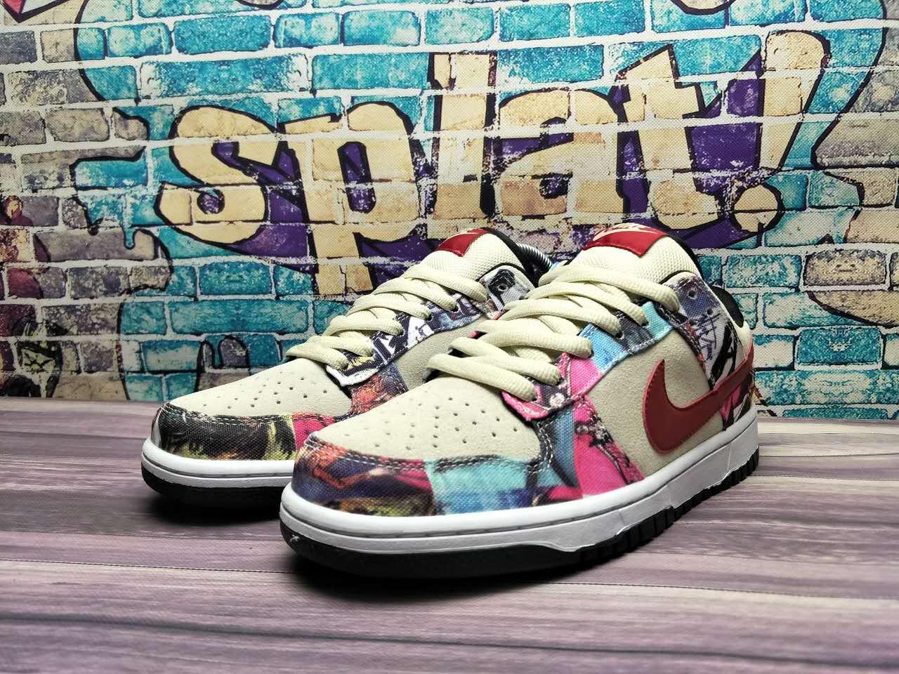 Nike Dunk SB Low Paris 308270-111
