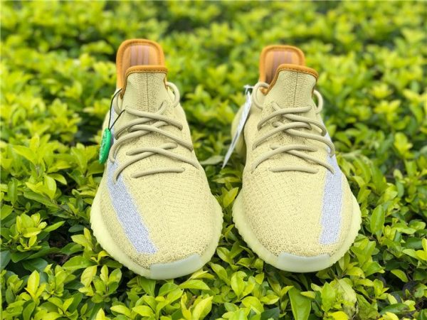 adidas Yeezy Boost 350 V2 Marsh UPPER