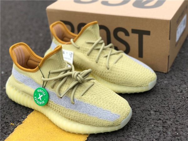 adidas Yeezy Boost 350 V2 Marsh with box