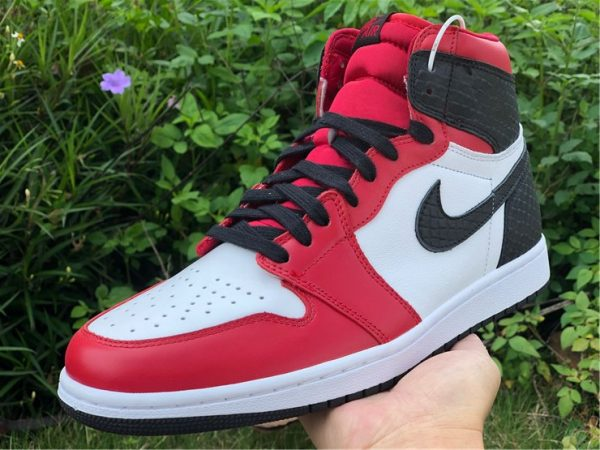 Air Jordan 1 High OG Satin Snake shoes