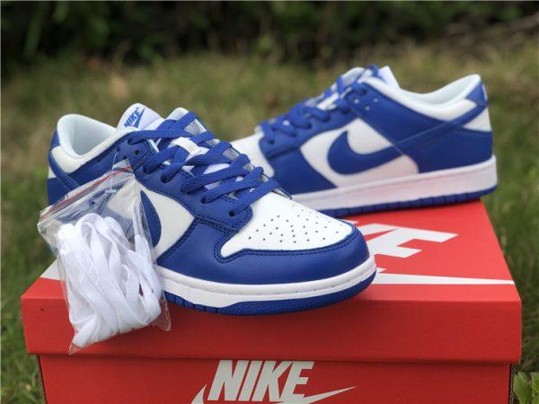 Nike Dunk Low Kentucky Varsity Royal extra shoelace