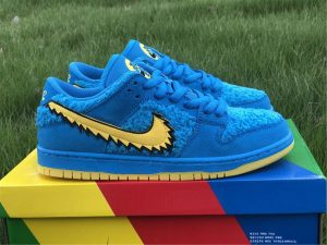 Grateful Dead x Nike SB Dunk Low Blue Bear