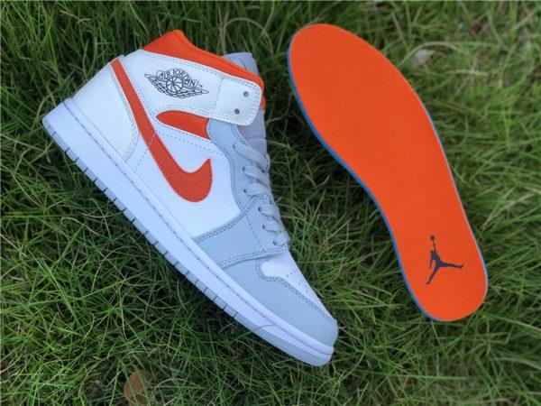 Jordan 1 Mid Starfish Orange Pure Platinum insole