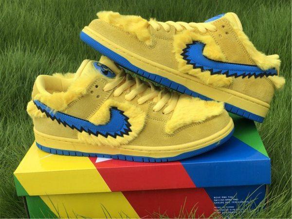 Nike SB Dunk Low Grateful Dead Bears In Yellow CJ5378-700 Pair