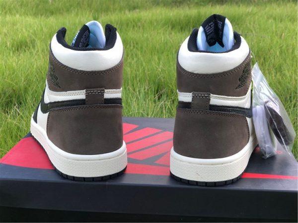 2020 Air Jordan 1 Dark Mocha heel