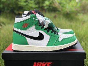 Air Jordan 1 High OG Lucky Green