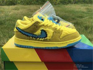 Grateful Dead x Nike SB Dunk Low Yellow Bear