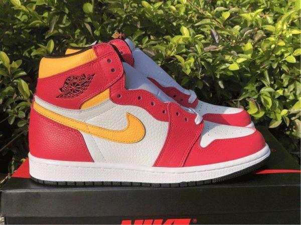 Air Jordan 1 High OG Light Fusion Red