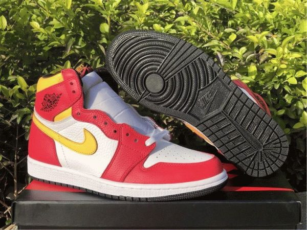 Air Jordan 1 High OG Light Fusion Red bottom