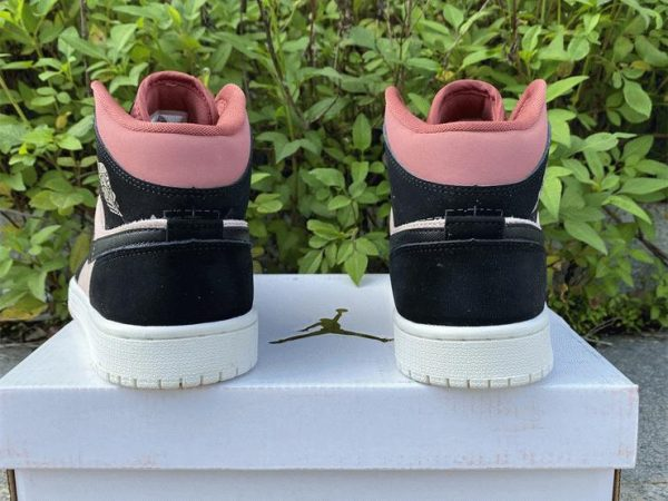 Air Jordan 1 Mid Canyon Rust heel