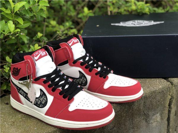 Dior x Air Jordan 1 High Chicago mudguard