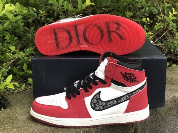 Dior x Air Jordan 1 High Chicago underfoot
