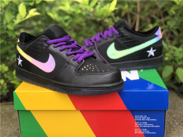 Nike SB Dunk Low Familia First Avenue Purple lateral swoosh