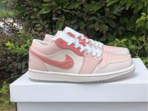 Air Jordan 1 Pink Arctic Punch Sail