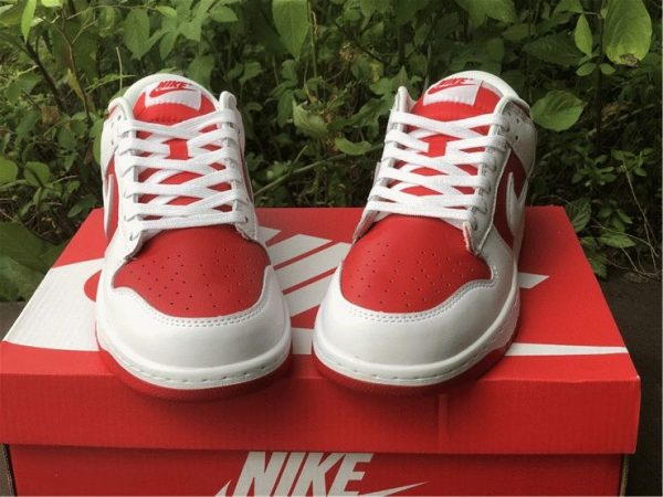 Nike Dunk Low White University Red front