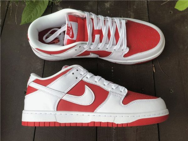Nike Dunk Low White University Red lateral side