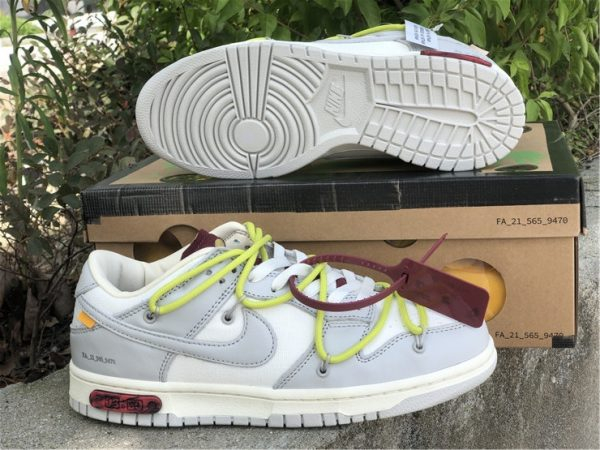 Off-White x Nike Dunk Low The 03 of 50 Schuhe
