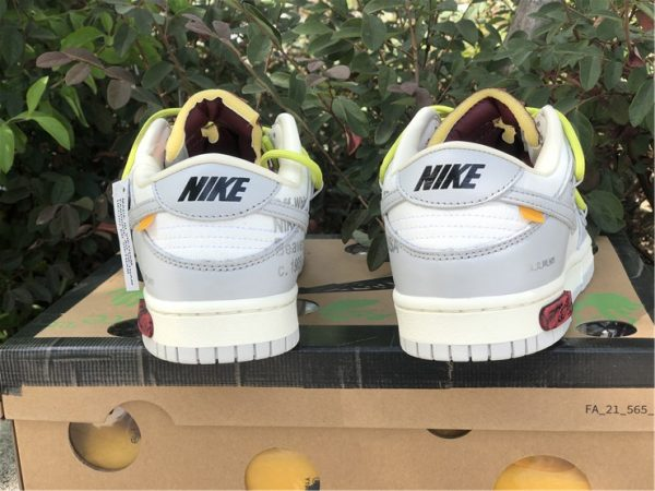 wo zu kaufen Off-White x Nike Dunk Low The 03 of 50 Turnschuhe heel