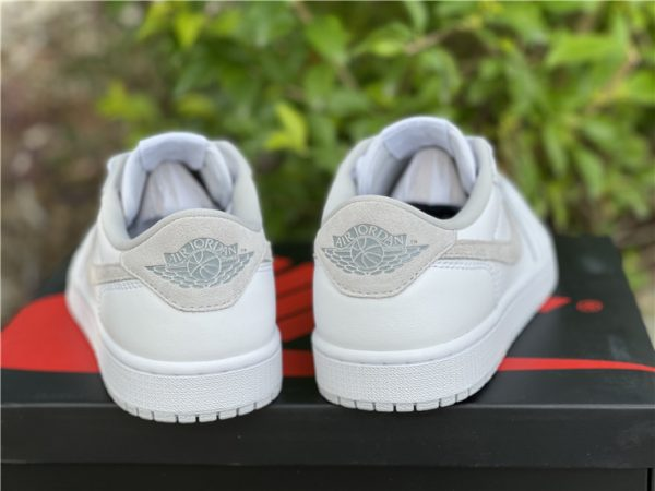 Air Jordan 1 Low OG Neutral Grey 2021 heel