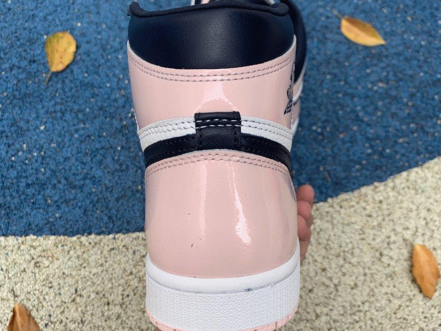 Air Jordan 1 High OG Atmosphere Bubble Gum heel